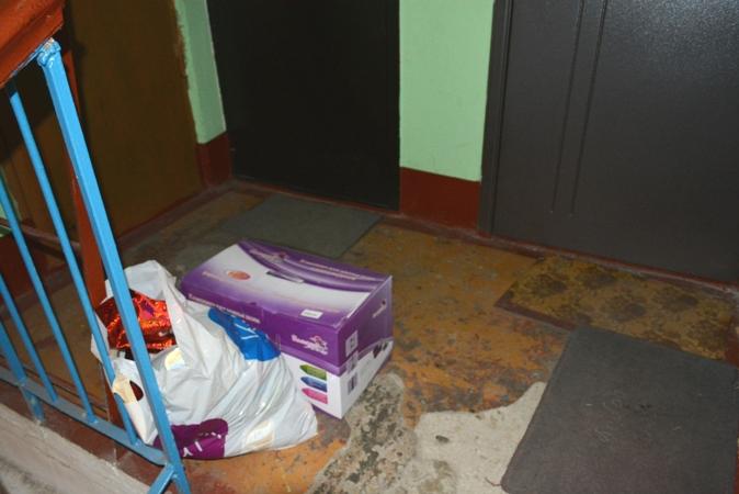 мусор на лестничной площадке хабаровск