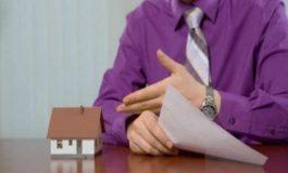 Кто должен платить риэлтору - покупатель или продавец?