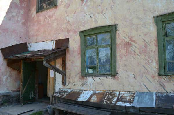 В России расселили менее 20 процентов аварийного жилья