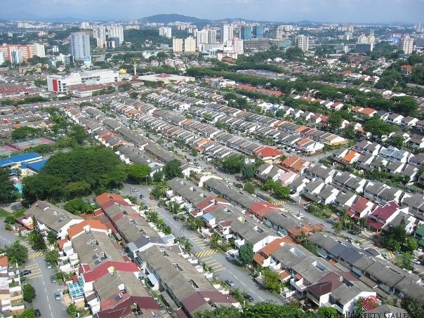 Постройка дорог снижает стоимость находящегося рядом жилья на 10%