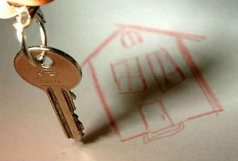 В Фатеже прокуратура добивается предоставления жилья ребенку-инвалиду