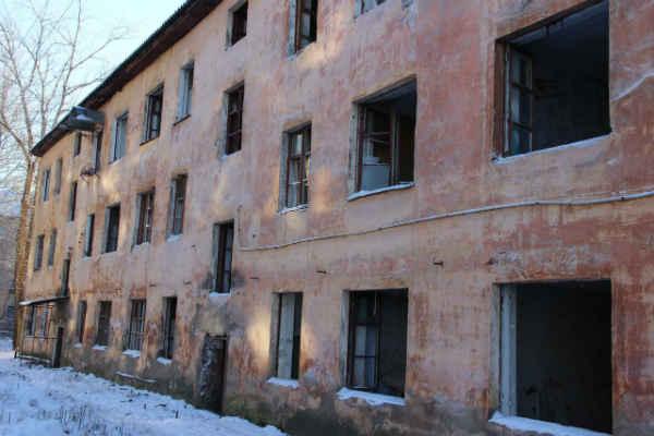 В Якутии переселенцы из ветхих домов не живут в новых домах