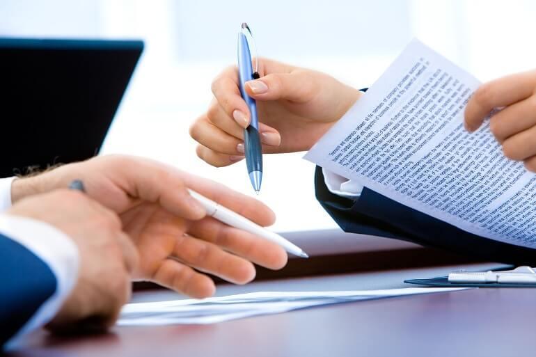 Какие документы необходимо иметь на руках при продаже квартиры
