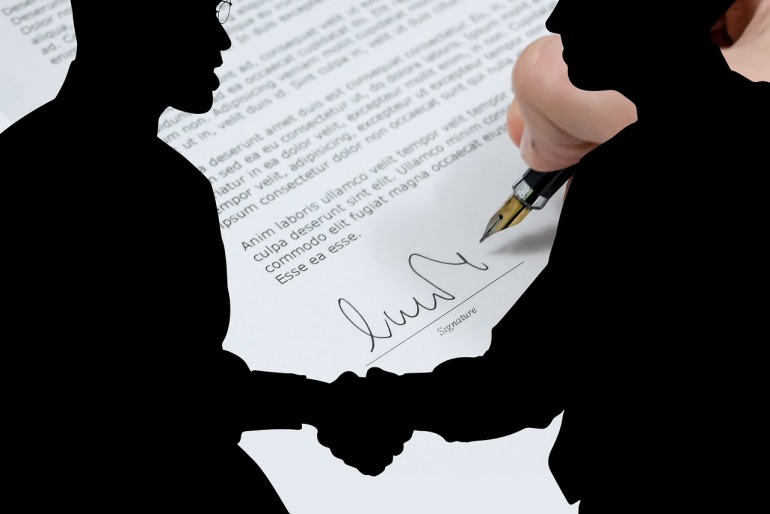 не подписывать договор с риэлторами
