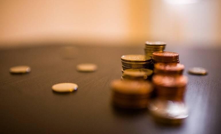Сколько платить посреднику при покупке жилья в ипотеку и наличные