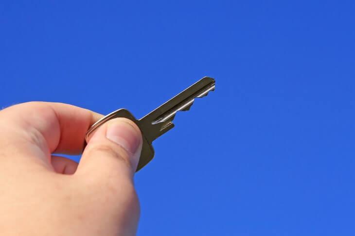 альтернативная сделка недвижимостью риски продавца квартиры покупателя