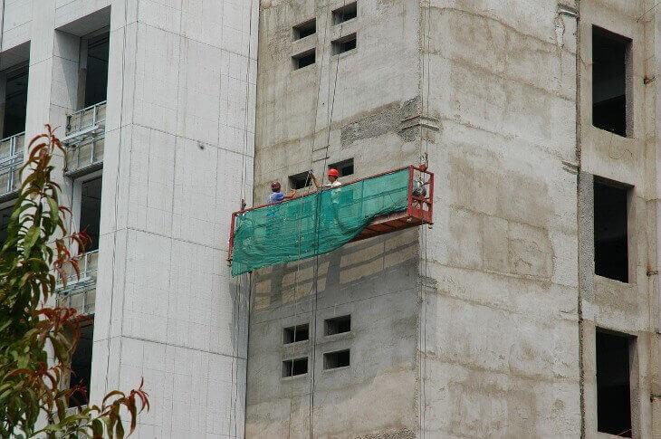 покупка квартиры подрядчика переуступке риски особенность право